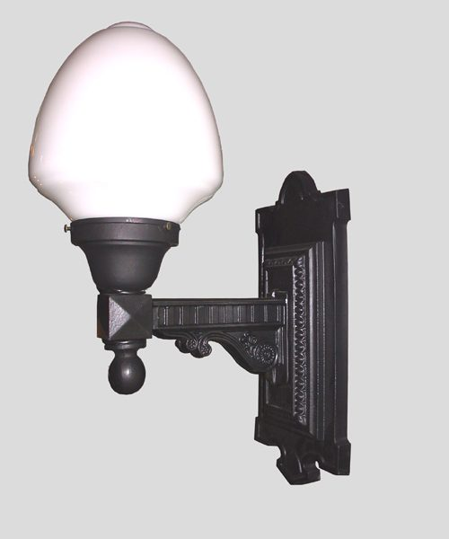 605J - Outdoor Lighting - Wall