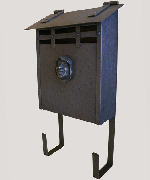 9C - Mailboxes