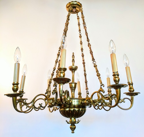 Feature Chandeliers Image
